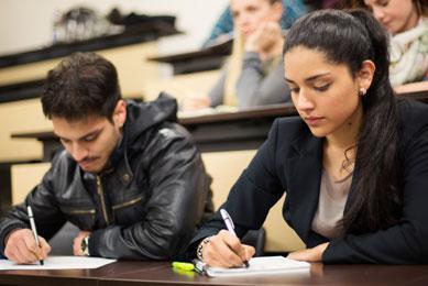 carreras de formacion en las cuales el Politecnico Grancolombiano tiene un proceso de formacion con sus estudiantes